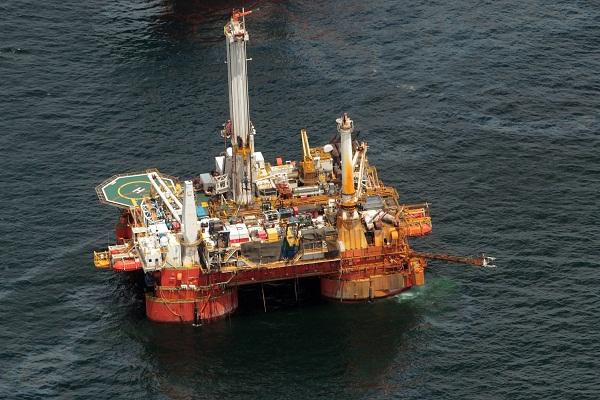 lavoro piattaforma petrolife